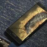 Un Galaxy Note 7 de los seguros casi se incendia en un avión en los EEUU
