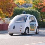 Google frena su coche autónomo para vender la tecnología a otros fabricantes