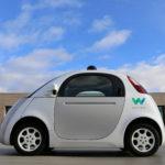 """Google bautiza """"Waymo"""" a su proyecto de autos sin conductor"""