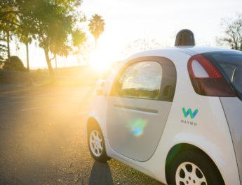 Uber, culpable de robar información a Google sobre autos autónomos