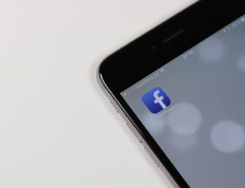Facebook, contra el clickbait: eliminará los titulares sensacionalistas