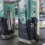 YPF instaló las primeras estaciones de carga para autos eléctricos