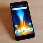 Review del Quantum V, el celular con proyector incorporado