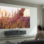 LG presentó un proyector 4K ideal para cualquier ambiente gracias a que funciona a corta distancia de la pared