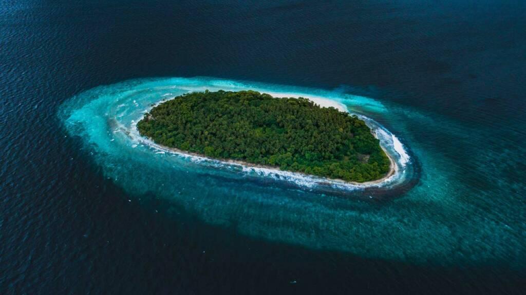 Isla bajo agua clima