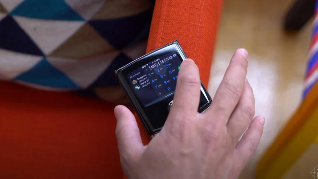 Motorola Razr Android 10
